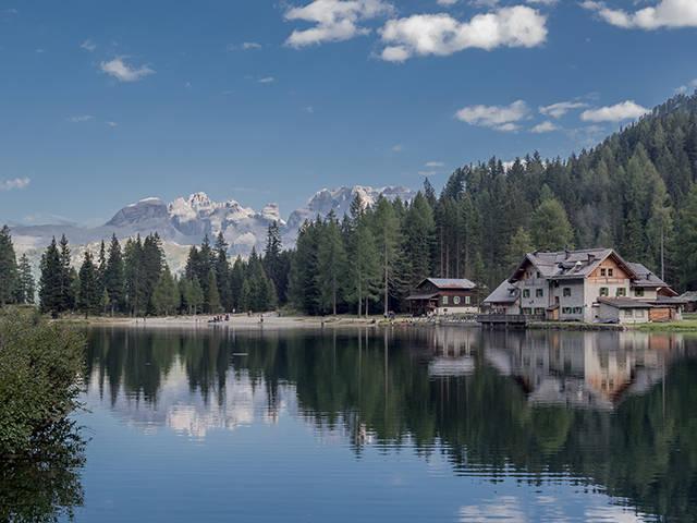 madonna di campiglio lago dolomiti estate transfer